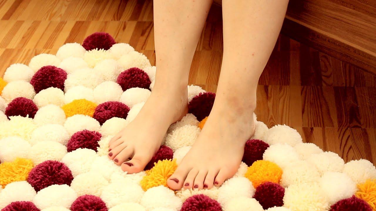 creez votre tapis a l aide de rouleaux de papier toilette et de laine