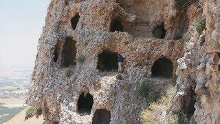 Просто сидели в пещере, как вдруг! БЕГИ, ЕСЛИ УВИДИШЬ ЭТО. Самые странные находки. ТОП 5