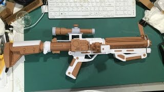 Star Wars Papercraft: Episode 7 Stormtrooper Blaster