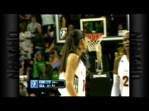 WNBA Play of the Day: August 5th