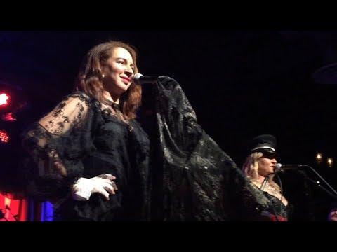 Princess (Maya Rudolph & Gretchen Lieberum), Head, Brooklyn Bowl, NYC 10-28-17