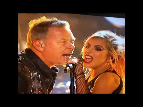 2017 Grammy's - Metallica play w/ Lady Gaga - Moth Into Flame - James' mic didn't work..