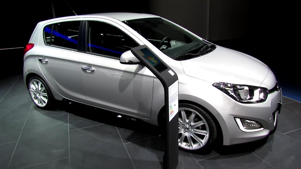 2014 hyundai i20 exterior and interior walkaround 2013 frankfurt motor show youtube. Black Bedroom Furniture Sets. Home Design Ideas