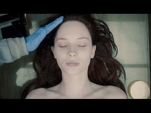 法医解剖完,才发现女尸是活的,7分钟看完电影(映画)《无名女尸》