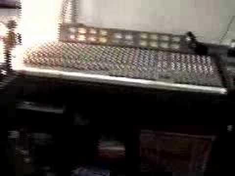 Curve - Studio