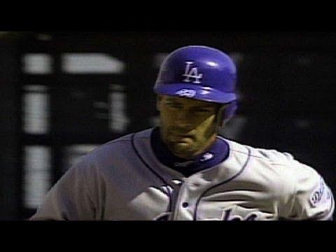LAD@SF: Elster hits three homers in Pac Bell Opener