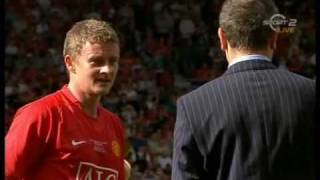 ole Gunnar Solskjaer says goodbye to Old Trafford