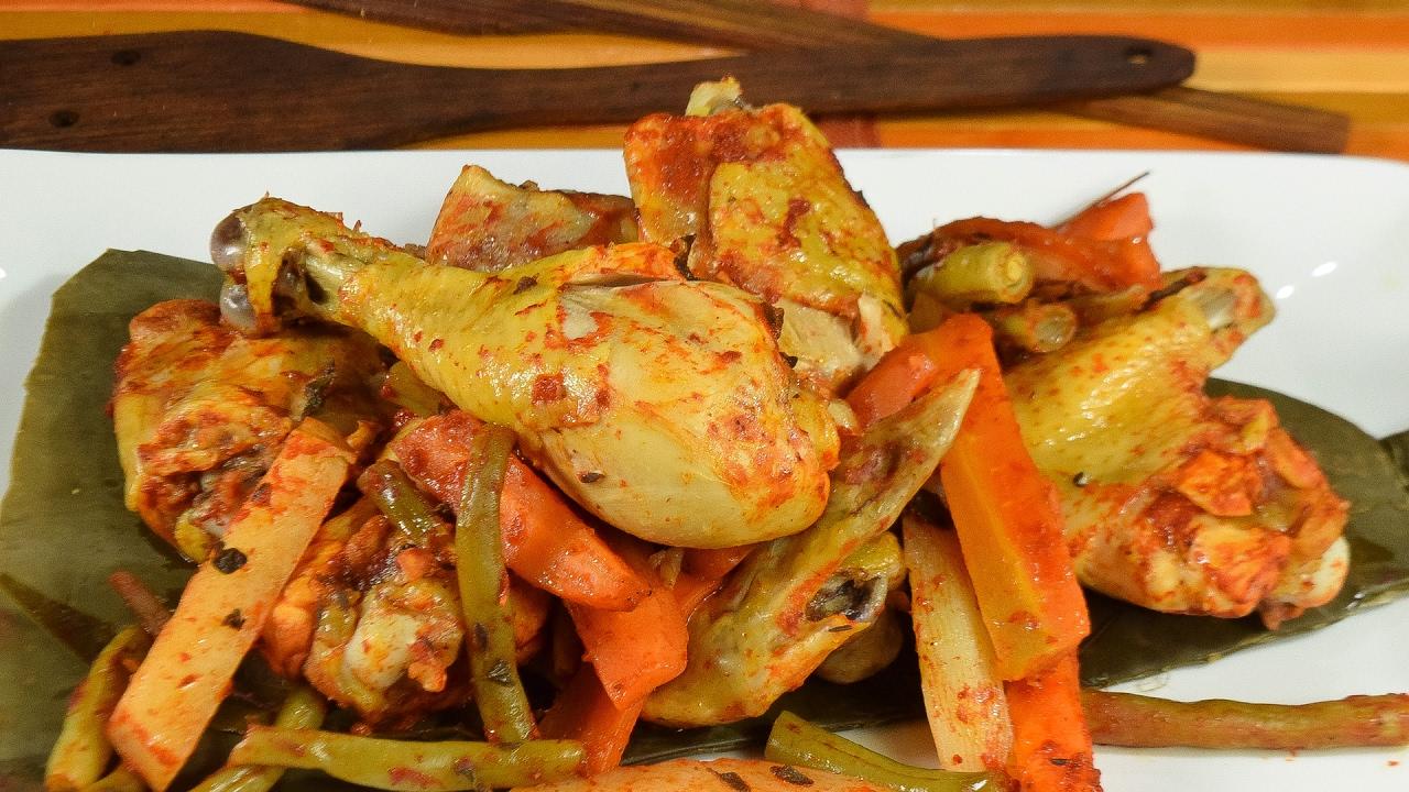 Pollo a la penca a mi estilo recetas de pollo youtube for Despresadora de pollo