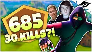 Mongraal | PICKAXING PLAYERS IN CHAMPS W/ MITR0 (Fortnite Champions League Duos)