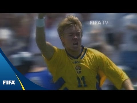 Free-scoring Swedes thrill USA 94