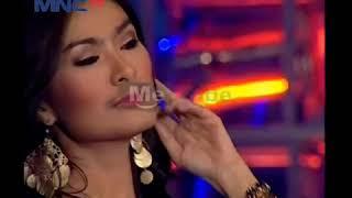 Iis Dahlia - Payung Hitam live mnctv