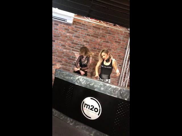 Dj Loira Linda @ Music Zone Live - M2O Radio w/ Provenzano Dj e Renee La Bulgara