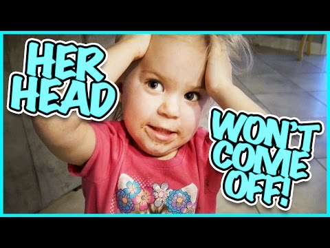 🌻SPRING CLEANING🌻RORY TRIES TO PULL HER HEAD OFF!! FAMILY VLOG | SMELLY BELLY TV