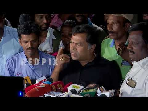 Mayilsamy meets ttv dinakaran tamil news, tamil live news, tamil news today, latest tamil news, red pix tamil news today T.T.V. Dhinakaran's victory as an independent in RK Nagar bypoll, cornering more than 50% of the votes, has raised more questions than answers, upsetting the dynamic of the ruling All India Anna Dravida Munnetra Kazhagam (AIADMK) in Tamil Nadu , said actor  Mayilsamy. Actor Mayilsamy met ttv dinakaran at his residence and congratulated him for winning  in rk nagar election #rknagar   For More tamil news, tamil news today, latest tamil news, kollywood news, kollywood tamil news Please Subscribe to red pix 24x7 https://goo.gl/bzRyDm red pix 24x7 is online tv news channel and a free online tv
