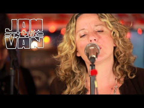 "AMY HELM - ""Roll Away"" (Live at Telluride Blues & Brews 2014) #JAMINTHEVAN"