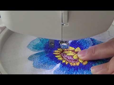 ad93d7eb234 Bordado de flor con maquina de coser eléctrica con solo puntada recta- P5  pétalos chicos 2 y centro - Смотреть видео бесплатно онлайн