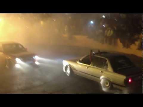 2 BMW 325i's Spinning