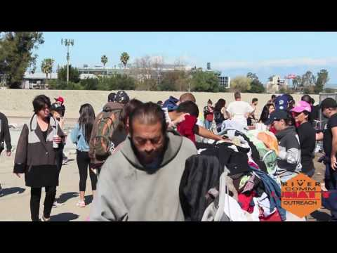 The Knawledge: Santa Ana River Community Outreach with Make a Homeless Smile. Orange County, C.A.