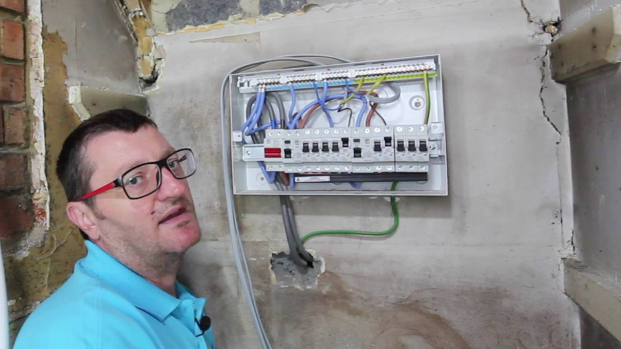 fuse sizes and positions in a consumer unit fuse box youtube replace consumer unit fuse box consumer unit fuse box [ 1280 x 720 Pixel ]