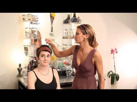 How to Do Makeup for an Egyptian Goddess : Hair & Makeup Tips