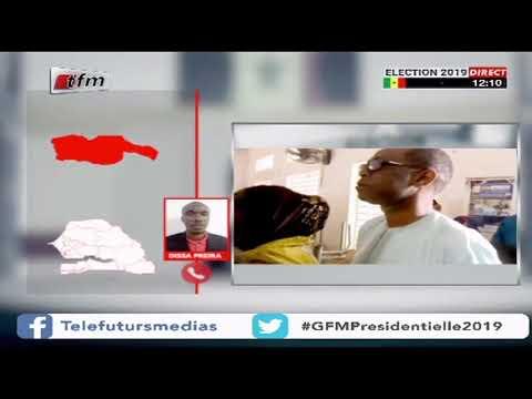 24 février youssou ndour dans son bureau de vote pour accomplir