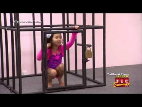 Toddlers and Tiaras - Toddlers and strippers?! (Las Vegas: LalapaZOOza Pageant) PART 1