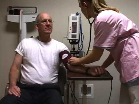 taking-an-automated-and-manual-blood-pressure-reading-with-the-suntech-247