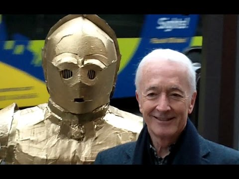 Anthony Daniels Anthony DANIELS Star Wars C3PO actor Paris 17 january 2016 Pulps
