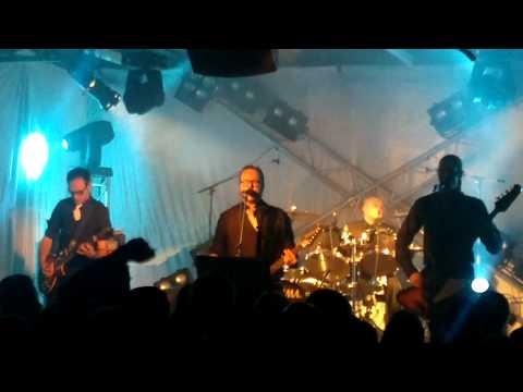 Viikate (Live @ Lutakko, Jyväskylä 16.2.2011) - Kuu Kaakon Yllä