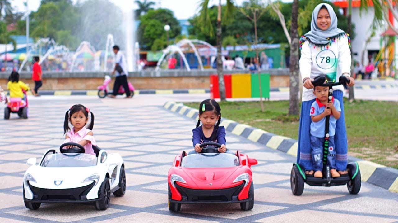 Naik Mobil Mobilan Mainan Anak Ferrari Lamborghini Wahana Bermain Anak Taman Berlabuh Tarakan Youtube