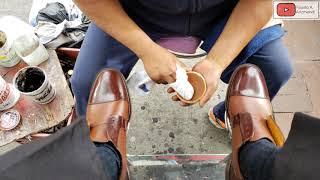 S3E104 Excellent shoe shine on…