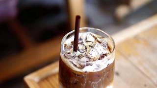 Is iced coffee as healthy as hot coffee?
