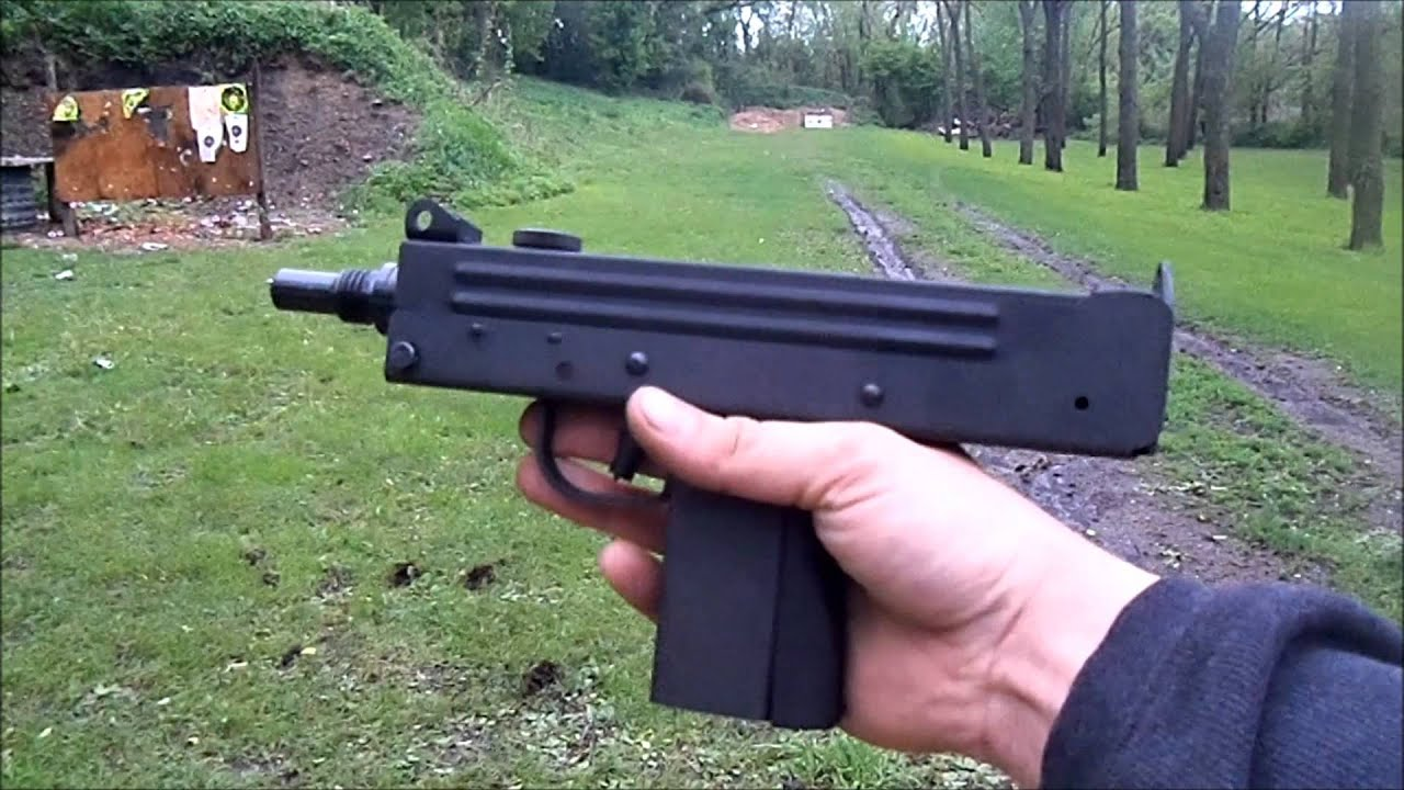 M11 Submachine Gun