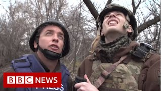 On the front line in eastern Ukraine - BBC News