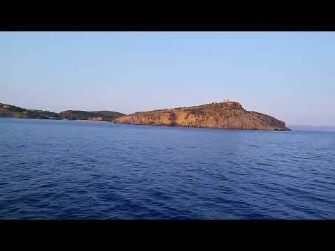Travel to Ancient Poseidons Temple Greece