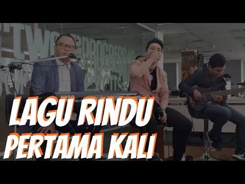 Lagu Rindu & Pertama kali - Badai Romantic Project live at detikcom