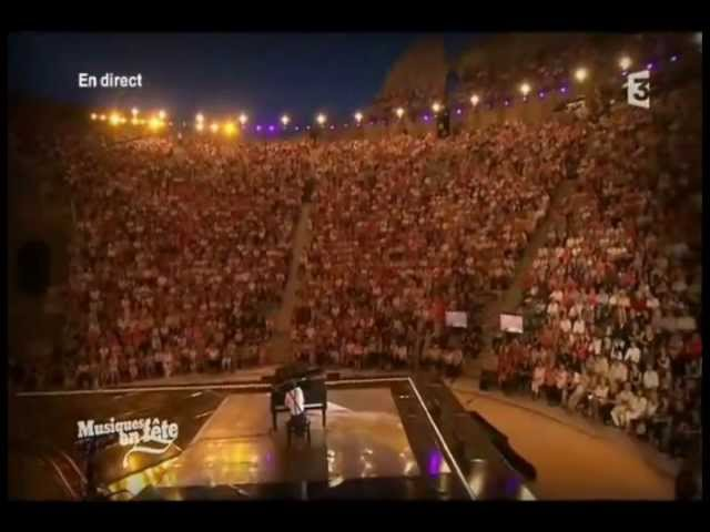 PYP fait chanter 8000 personnes aux Chorégies d'Orange !