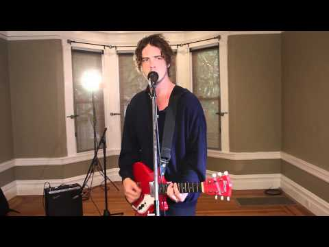 """B-Sides On-Air: Ryan Lindsey of Broncho Performs """"Class Historian"""""""