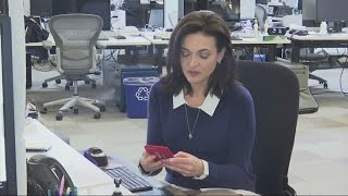 Facebook boss Sheryl Sandberg talks grief and recovery thumbnail