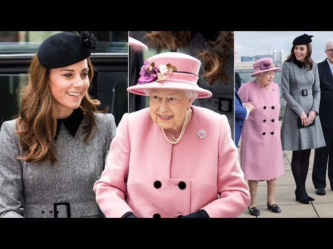 Just the two of us! Kate & Queen share blanket in backseat of cozy ride from joint outing