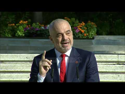Mid'hat Frashëri kthehet në atdhe - Top Channel Albania - News - Lajme