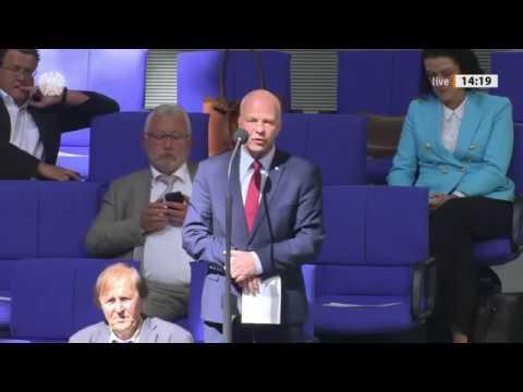 Bundestag. AfD Abgeordnete bringen mit ihren Fragen Minister in Erklärungsnot. 22.04.2020