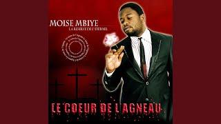 Mokonzi Bongisaka Ngai (feat. Bébé Souza)