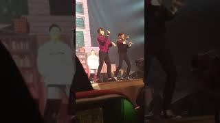 Jinyoung And Bambam Dancing BBoom BBoom Momoland
