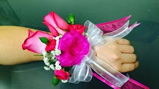 Repeat youtube video Wrist corsage-easy to make