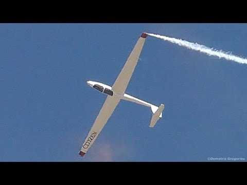 *Drawing in the Sky* Amazing ASK21 Aerobatic Flight by World Champion LUCA BERTOSSIO!