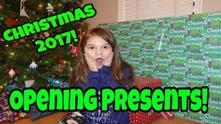 What I Got For Christmas! Christmas Morning 2017 Opening Presents! New LOL Dolls for Christmas!