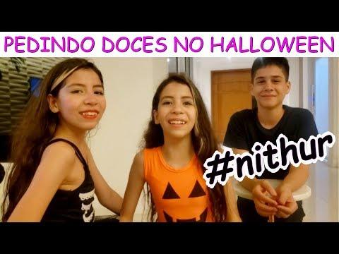 PEDINDO DOCES NO HALLOWEEN COM ARTHUR HB