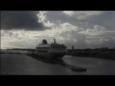 Disney Cruise Line - Disney Dream: Bridge View