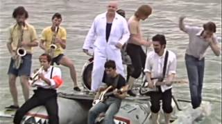 Bad Manners - Walking In The Sunshine 1981 - Video